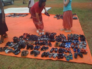 In November, an Orphan's Heart team distributed hundreds of shoes in Kamonkoli.  (Image courtesy Orphan's Heart)